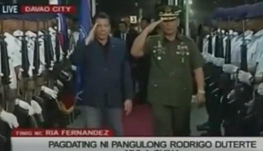 Tổng thống Philippines tuyên bố ông không cắt đứt quan hệ với Hoa Kỳ