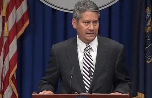Bộ Trưởng Hành Chánh Tiểu Bang Pennsylvania cam kết truy tố bất cứ ai đe dọa cử tri
