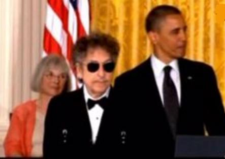 Bob Dylan được giải Nobel Văn Chương