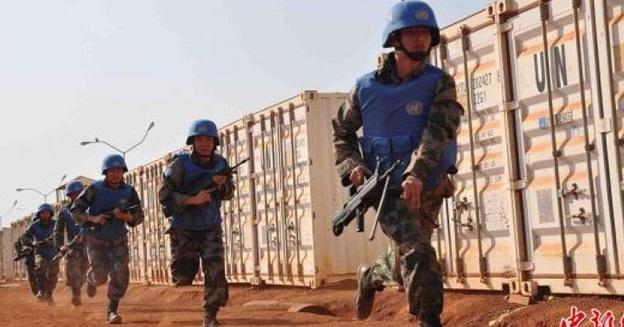 Binh sĩ Trung Cộng trong lực lượng gìn giữ hòa bình LHQ thấy giặc thì bỏ chạy