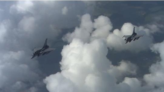 Chiến đấu cơ Pháp tấn công ISIS