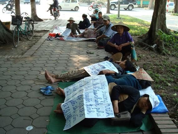 CSVN lo lắng người dân bị áp bức phản ứng ngày càng mạnh