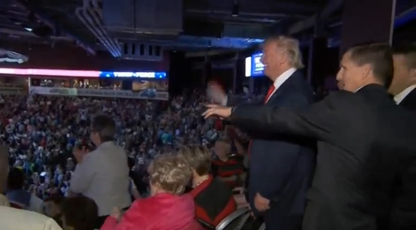 Donald Trump: Ông sử dụng luật thuế một cách thông minh