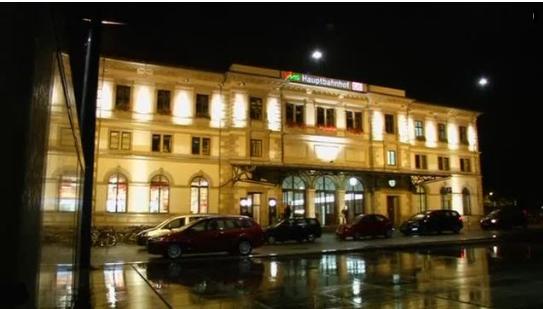 Đức: Mở lại ga xe lửa Chemnitz, chưa bắt được nghi can