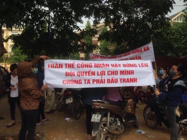 3,000 công nhân MATRIX biểu tình sang ngày thứ ba, một người bị đánh gãy tay