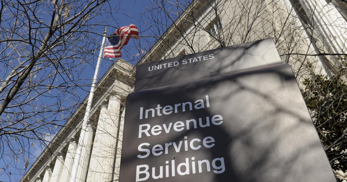 Nạn lừa đảo giả IRS qua điện thoại gia tăng