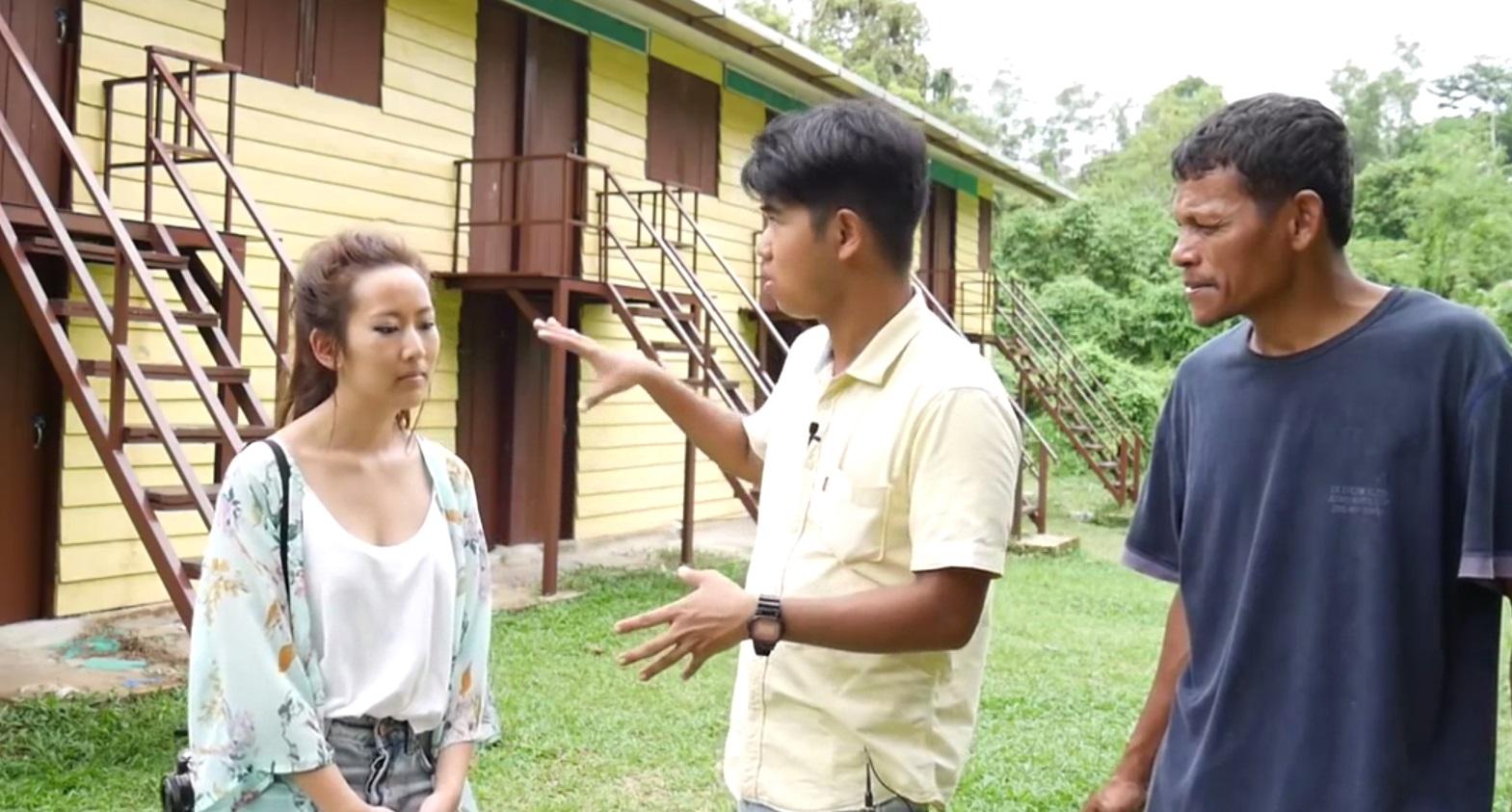 Một bạn trẻ Mỹ gốc Việt thăm lại trại tị nạn Galang ở Indonesia