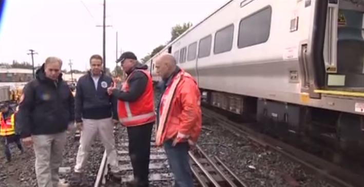 New York: Xe lửa chạm nhau làm 33 người bị thương