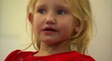 Nữ y tá giải cứu bé gái bị bắt cóc