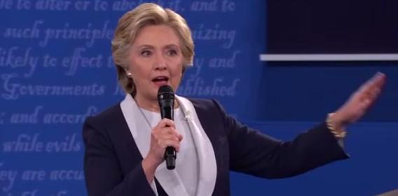 Bà Hillary đang dẫn trước ông Trump 14 điểm trên toàn quốc