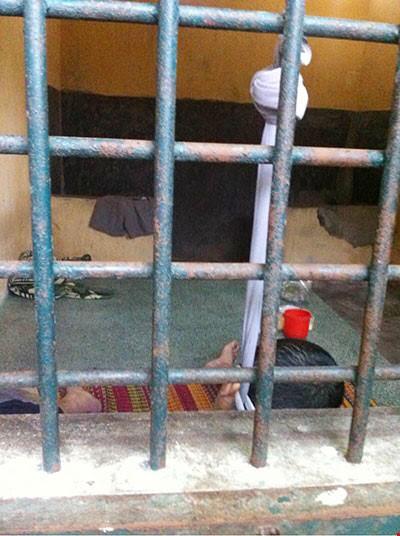 Phạm nhân ở tù 4 năm bất ngờ treo cổ tự tử