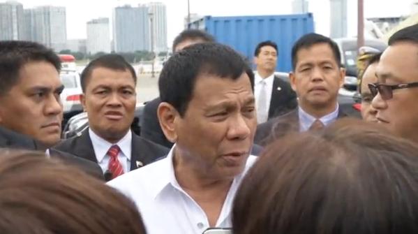 Ông Duterte khẳng định Phillipines có thể tham dự các cuộc tập trận với hải quân Nhật