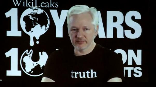Wikileaks phát hành nhiều tài liệu trước bầu cử 8 tháng 11