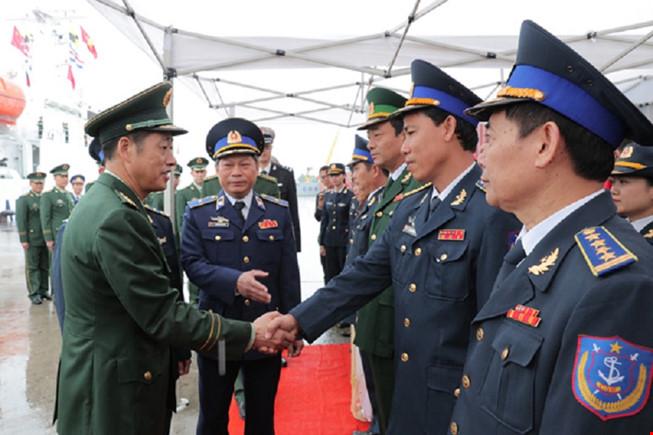 Tàu hải cảnh Trung Cộng lần đầu thăm Việt Nam