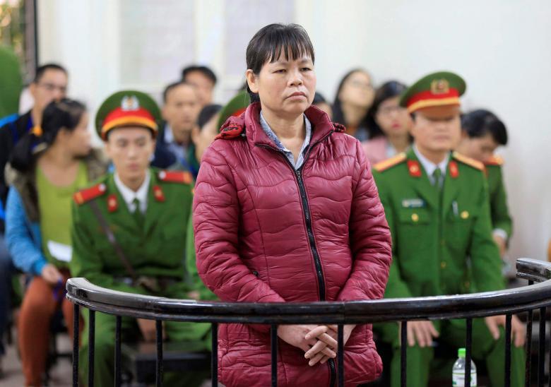 Ra tòa phúc thẩm, bà Cấn Thị Thêu lên án đảng cộng sản là 'cướp có tổ chức'