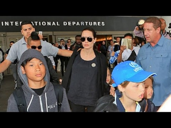 Viện mồ côi Tam Bình trông chờ Angelina Jolie quay lại