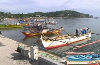 Trung Cộng để yên cho các ngư dân Philippines đánh cá ở bãi Scarborough