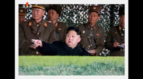 Lãnh đạo Bắc Hàn Kim Jung Un xem nữ pháo binh tập trận