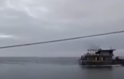 Công an đe dọa người đăng video tàu đổ chất thải ở Vũng Áng
