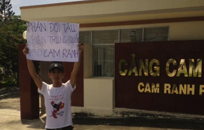 Bị công an tra tấn vì ký tên đòi trả tự do cho blogger Mẹ Nấm