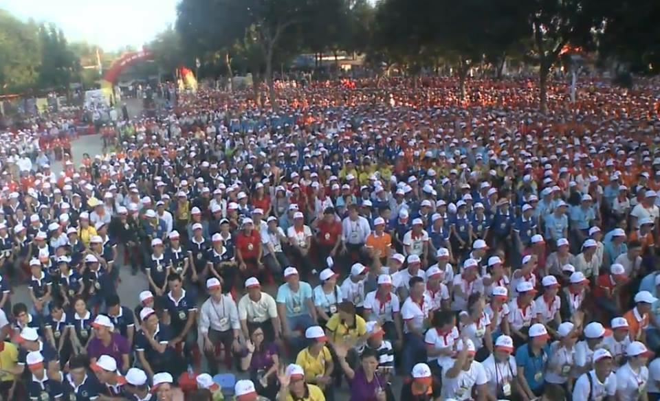 Đại Hội Giới Trẻ Vinh quy tụ hơn 20,000 bạn trẻ trong giáo tỉnh Hà Nội