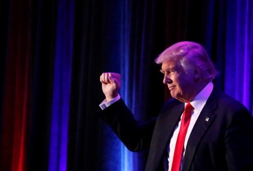 Donald Trump đọc diễn văn sau khi đánh bại đối thủ Hillary Clinton