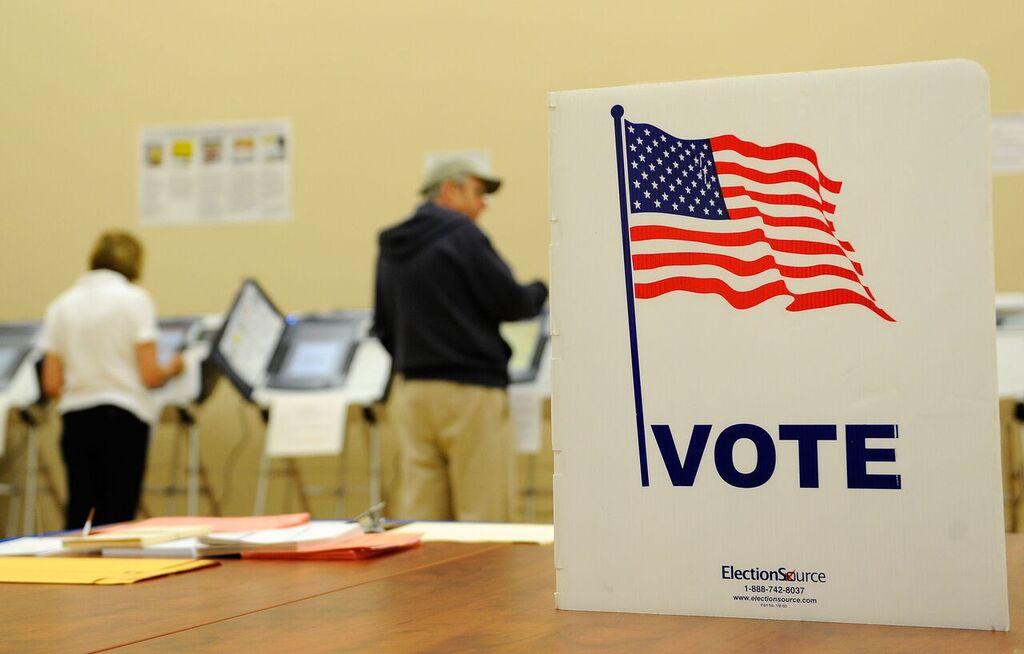 Những tiểu bang quan trọng với kết quả đầu phiếu sớm trong ngày Bầu Cử