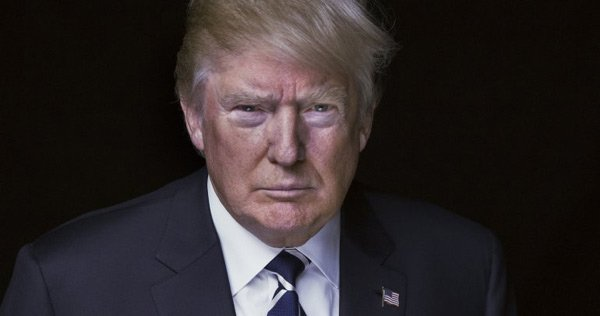 Ông Trump phải ra toà về vụ kiện nhà hàng trong khách sạn ở D.C