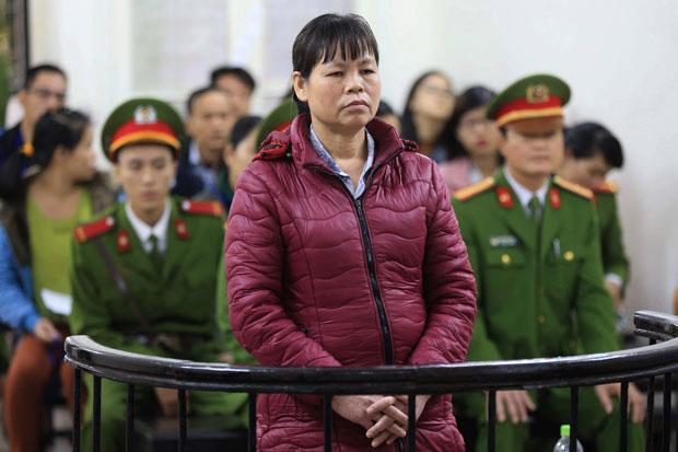 CSVN chuyển trại tù mục sư Nguyễn Công Chính và bà Cấn Thị Thêu