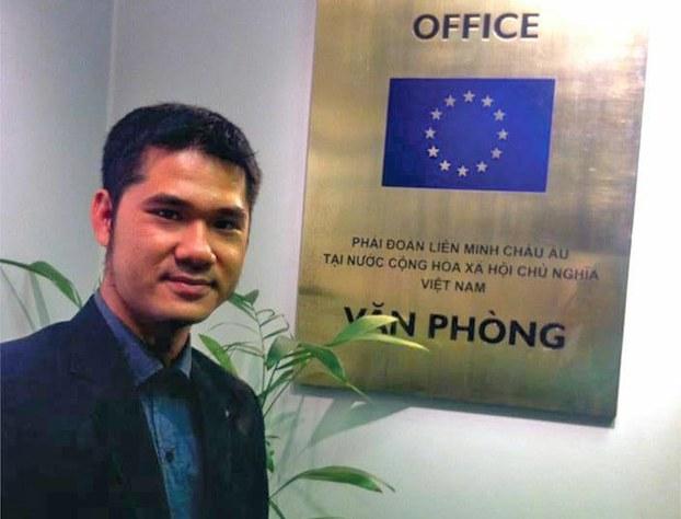 Nhà hoạt động xã hội Nguyễn Hồ Nhật Thành bị công an hành hung