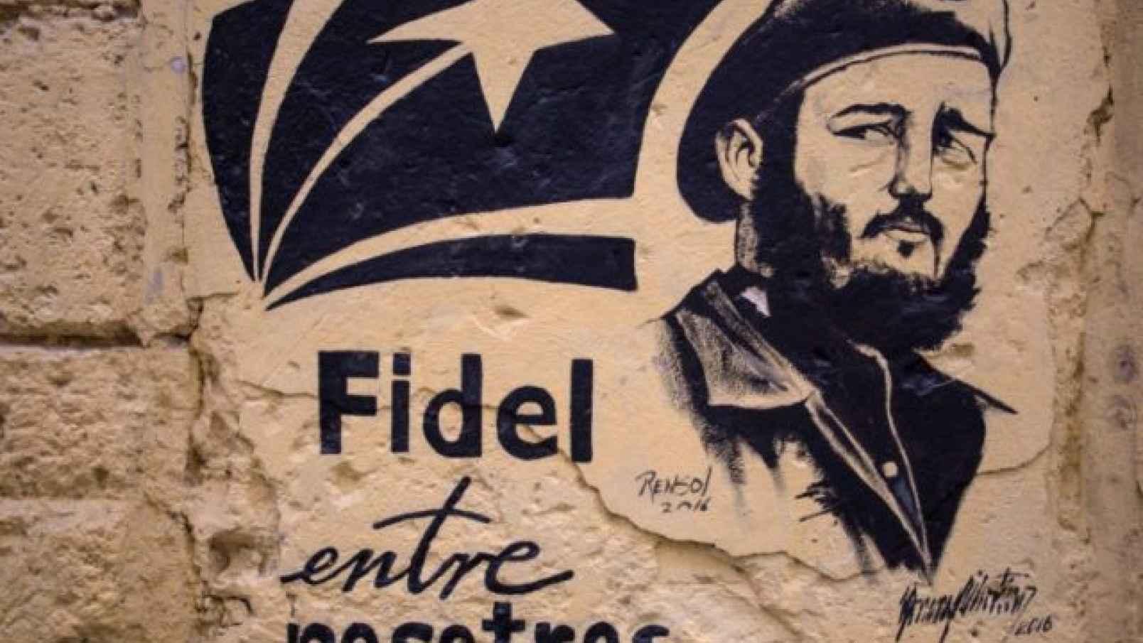 Fidel Castro bị tố về tội ác tra tấn tù binh Mỹ tại Việt Nam