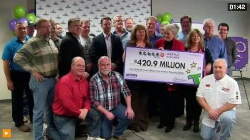 20 công nhân nhà máy sản xuất phụ tùng xe hơi Tennessee trúng số 421 triệu Mỹ kim