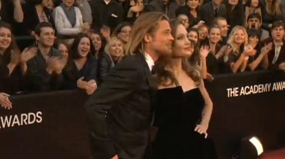 Đề nghị niêm phong hồ sơ ly dị của Brad Pitt bị bác bỏ