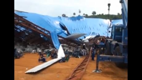 Hơn 100 người chết trong vụ sập nhà thờ ở Nigeria