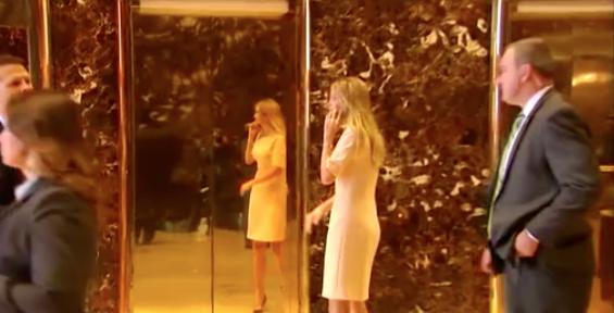 Ivanka Trump bị 1 hành khách JetBlue gây chuyện