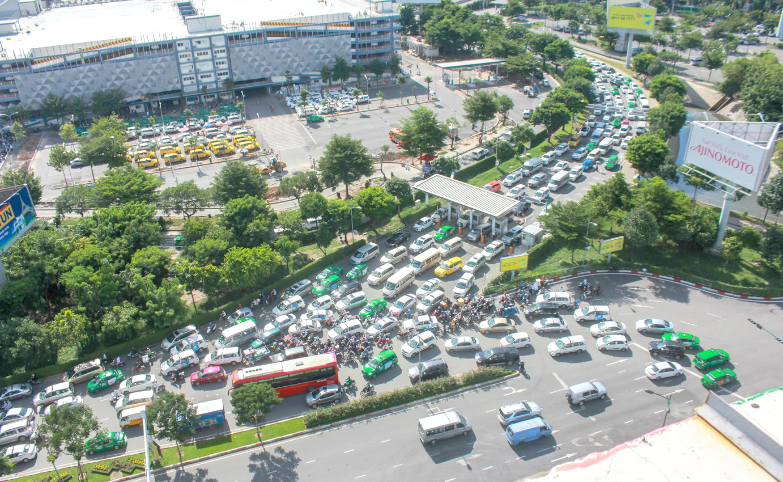 Phi trường Tân Sơn Nhất nhận lại 21/650 héc ta đất bị quân đội chiếm