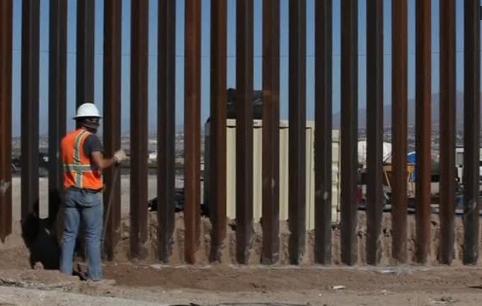 Các nhà lập pháp xem xét biện pháp tài trợ bức tường biên giới của ông Trump