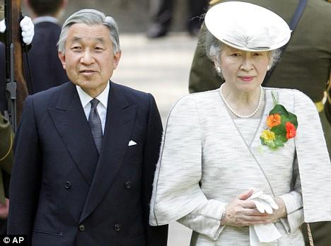 Nhật Hoàng cùng hoàng hậu sẽ thăm Việt Nam đầu tháng 3