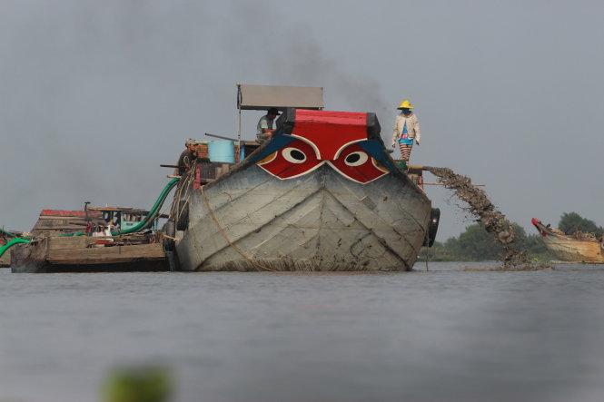 Quan chức 9 tỉnh lưu vực sông Đồng Nai cam kết chống trộm cát
