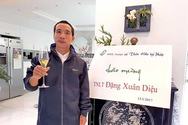 """Cựu tù nhân lương tâm Đặng Xuân Diệu tố bị công an đánh cắp quần áo bị đóng dấu """"phạm nhân"""""""