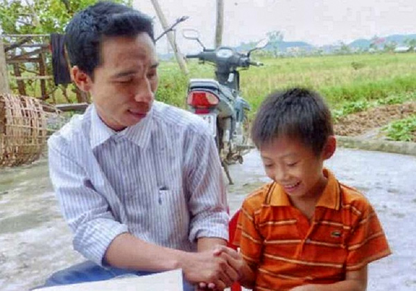 Bản lên tiếng của Đảng Việt Tân về việc tù nhân lương tâm Đặng Xuân Diệu đến Paris