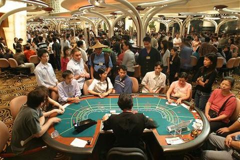 CSVN bắt đầu dự án 3 năm thử cho dân vào casino chơi bài