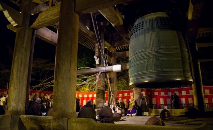 Hà Nội bỏ ý định bắt chùa và nhà thờ cùng đánh chuông đêm giao thừa