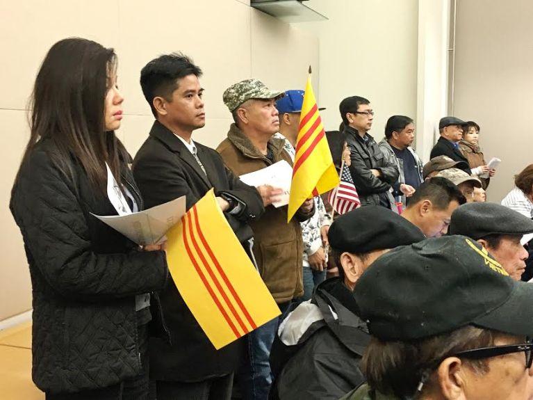 Thành phố San Jose bỏ phiếu thuận tuyệt đối 11-0 cấm cờ đỏ sao vàng