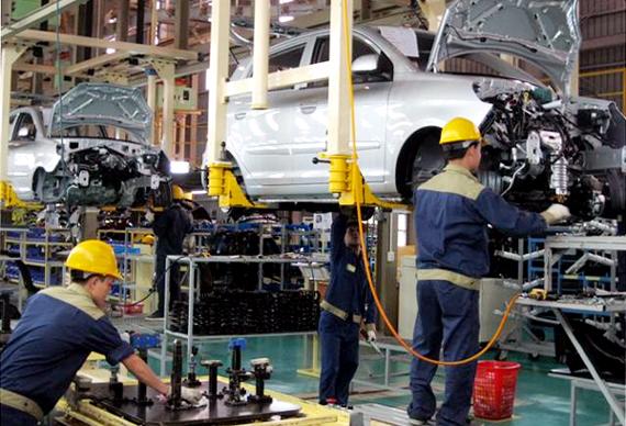 Xe hơi sản xuất tại Việt Nam có giá thành cao hơn Thái Lan 20%