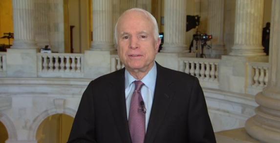 John McCain cho rằng quyết định rút khỏi TPP của ông Trump làm hại Hoa Kỳ