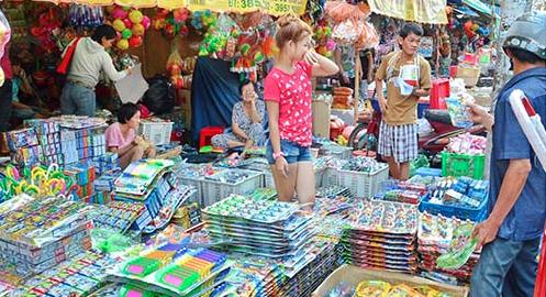 Lần đầu tiên Việt Nam giảm thâm hụt mậu dịch với Trung Cộng