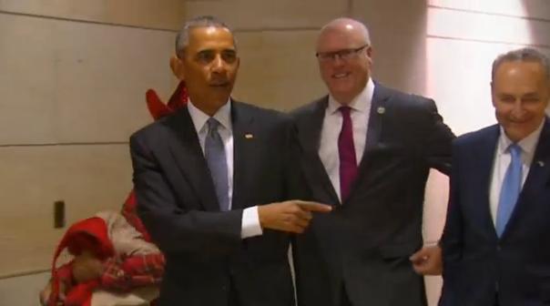 Tổng thống Obama đến quốc hội để vận động giữ lại Obamacare