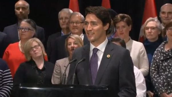 Thủ tướng Canada hoan nghênh quyết định xây ống dẫn đầu Keystone