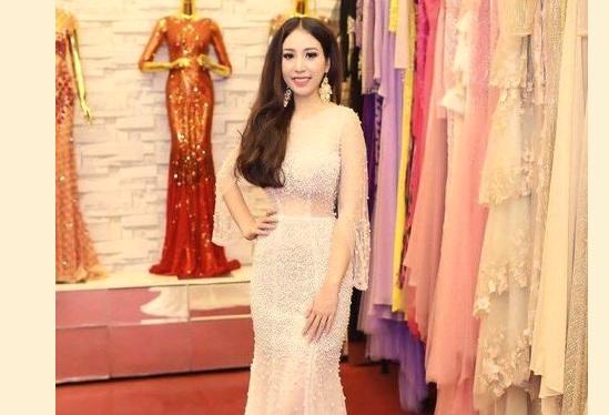 Đi thi hoa hậu ở Trung Cộng, người đẹp xứ Huế mất trộm 3,000 Mỹ kim